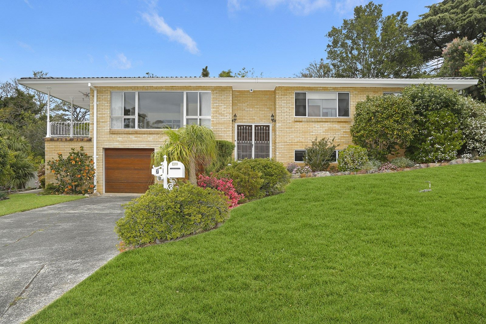 7 President Place, Mount Ousley NSW 2519, Image 2