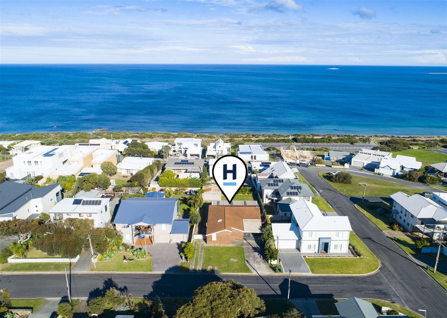107 Albatross Avenue, Hayborough SA 5211, Image 0