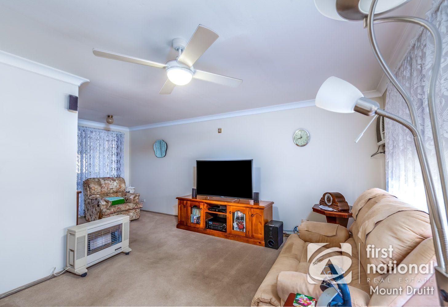 103 Minchin Drive, Minchinbury NSW 2770, Image 2