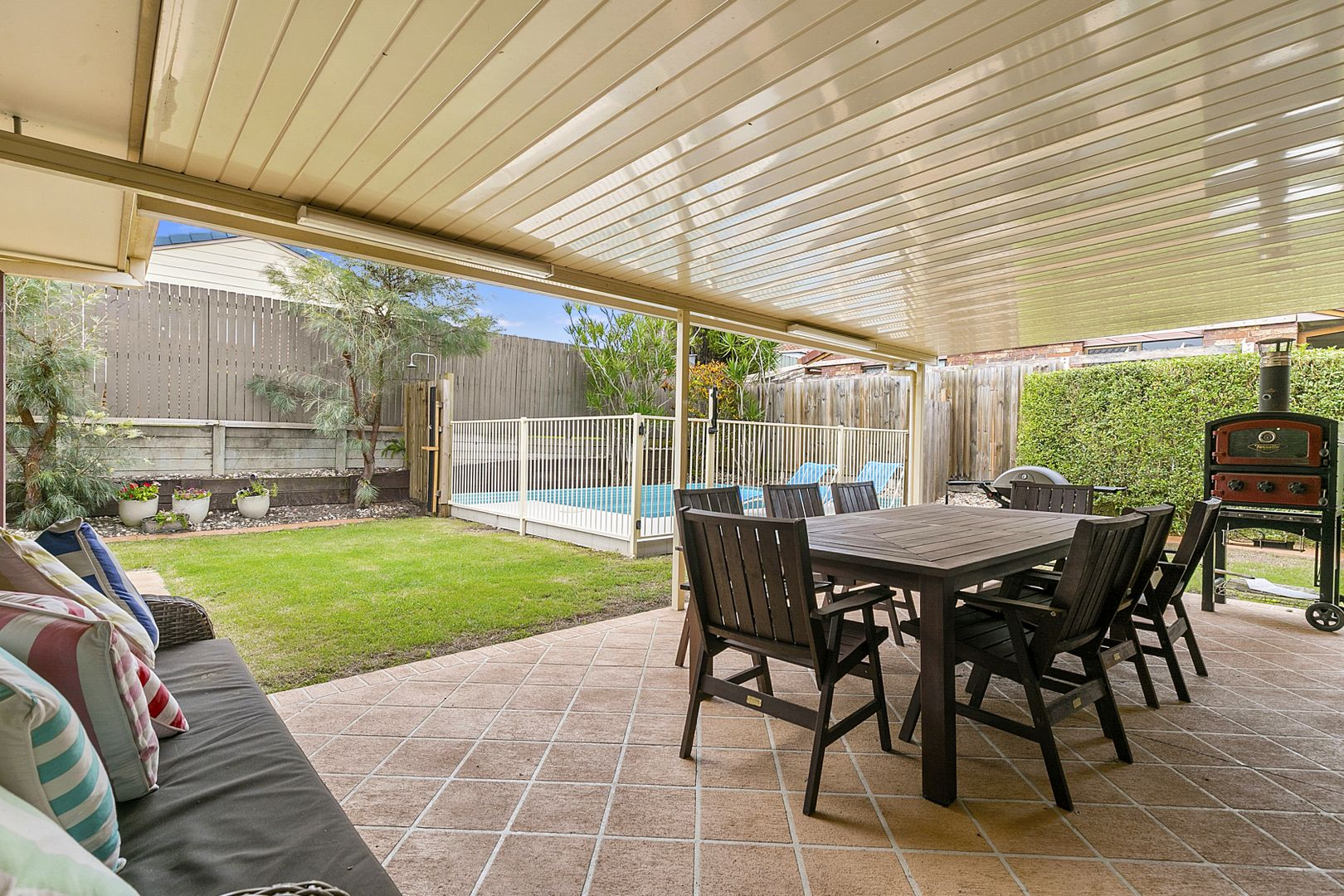 3 Canning Close, Wynnum West QLD 4178, Image 0