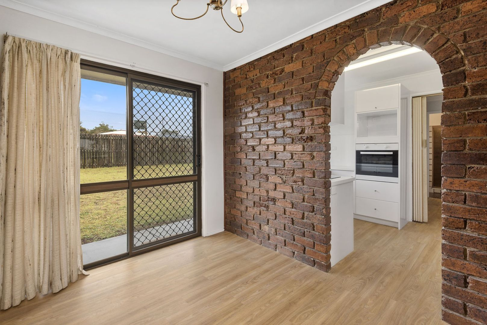 42 Jennifer Crescent, Darling Heights QLD 4350, Image 2
