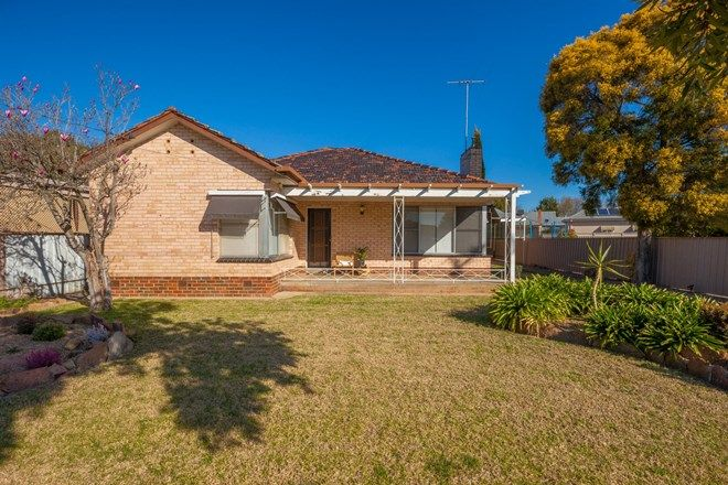 Picture of 2 Caraselle Avenue, WANGARATTA VIC 3677