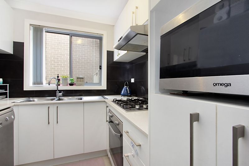 36/570 Sunnyholt Road, Stanhope Gardens NSW 2768, Image 2