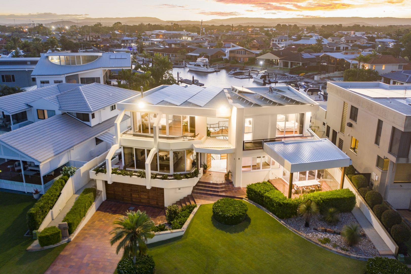 8 Constance Esplanade, Runaway Bay QLD 4216, Image 1