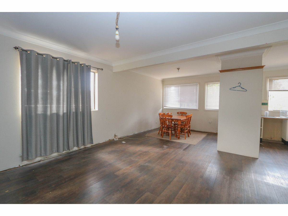 10 Violet Street, South Bathurst NSW 2795, Image 1