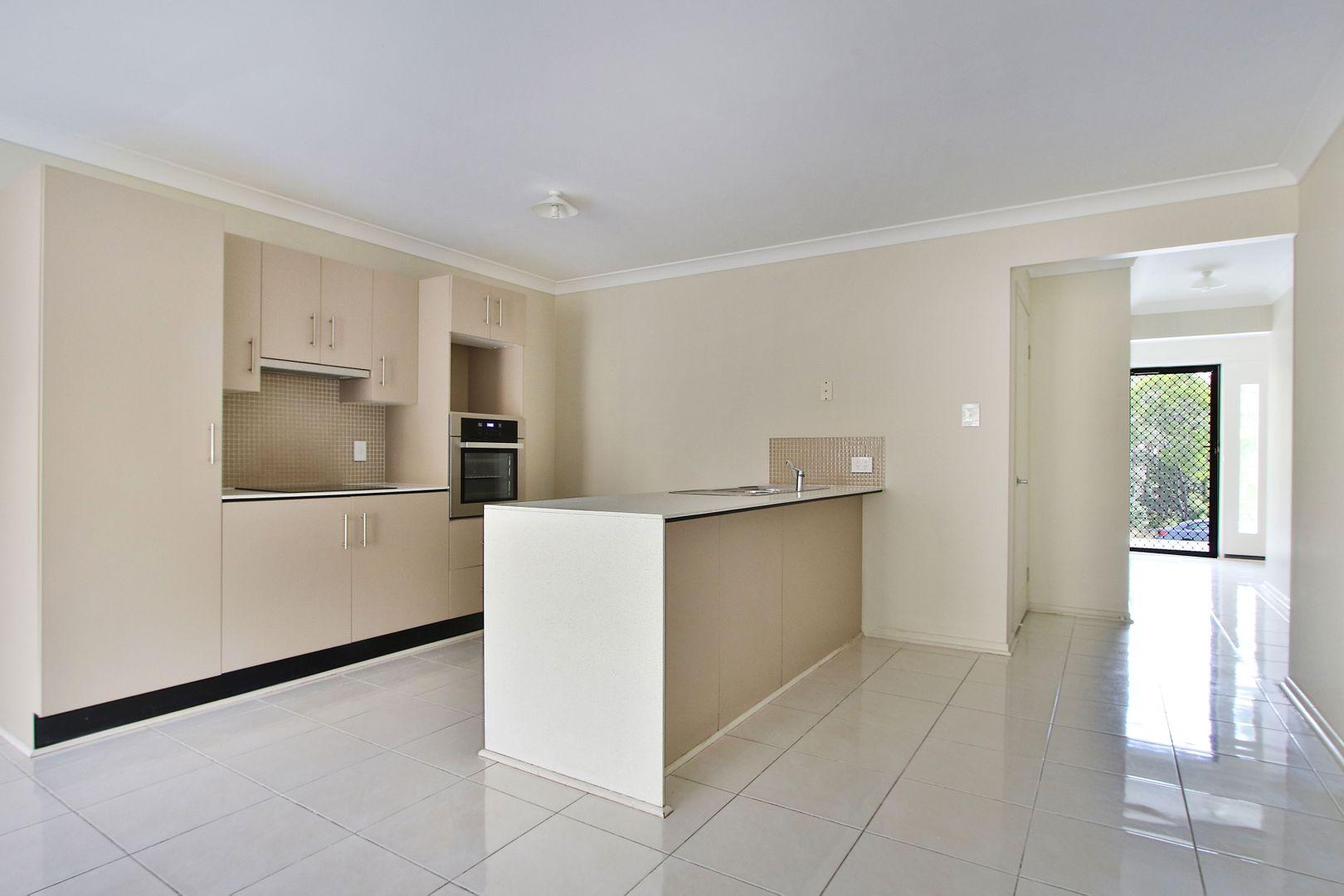 2/270 EAGLE STREET, Collingwood Park QLD 4301, Image 1