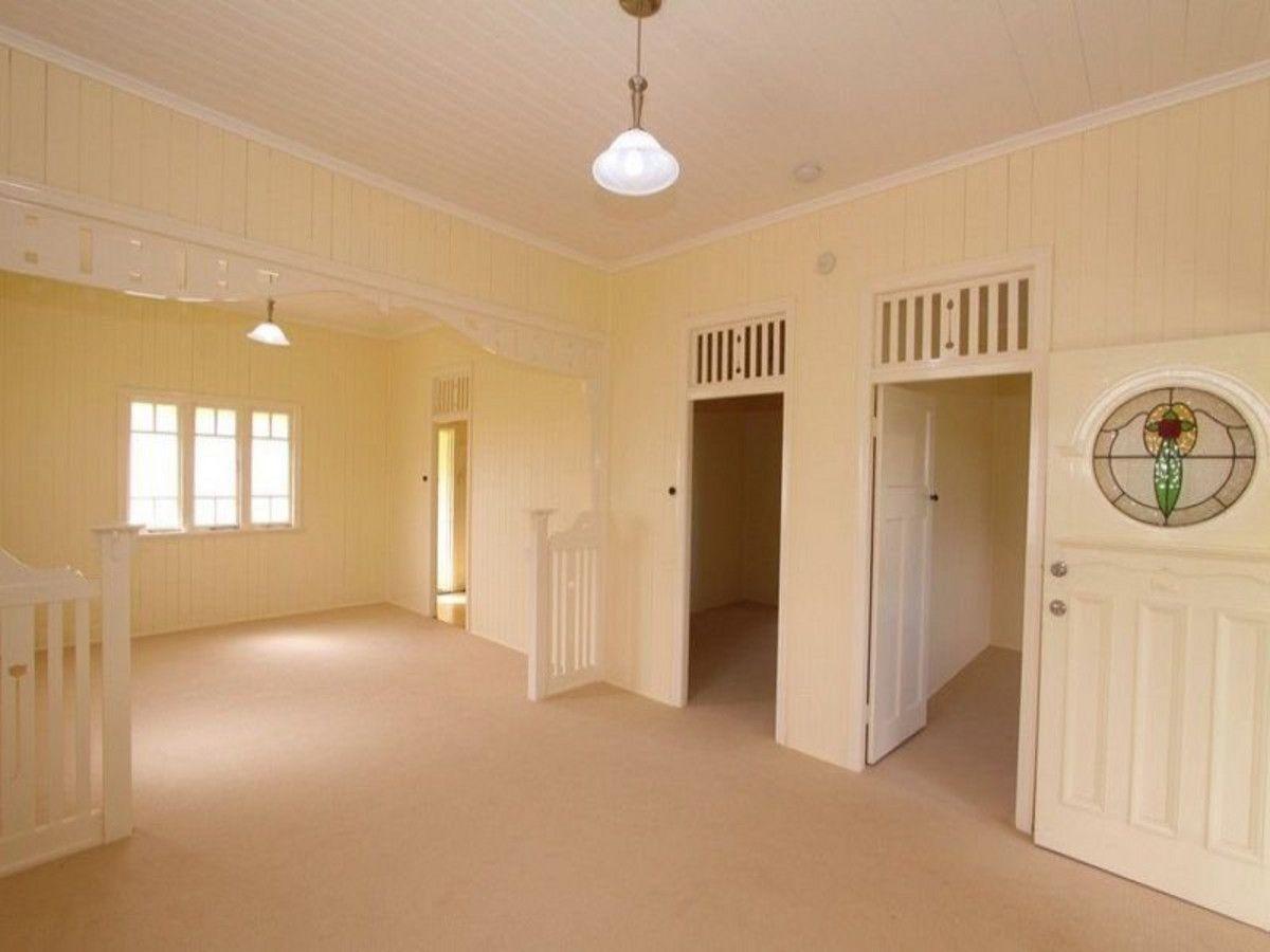 19 Mulgrave Street, Bundaberg West QLD 4670, Image 2