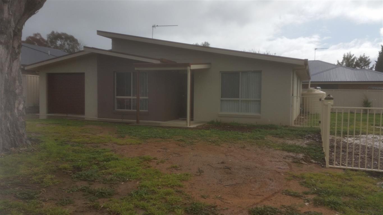 55 Bundara Crescent, Tumut NSW 2720, Image 0