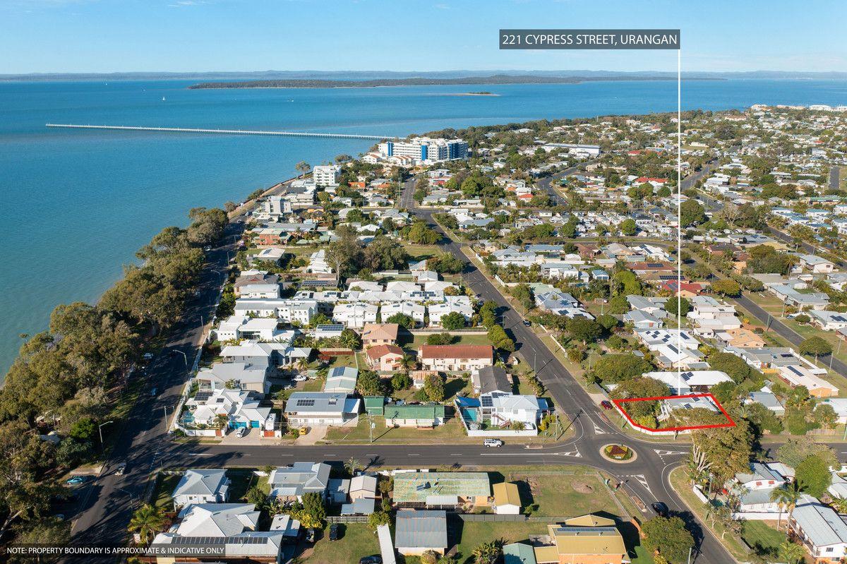 221 Cypress Street, Urangan QLD 4655, Image 0