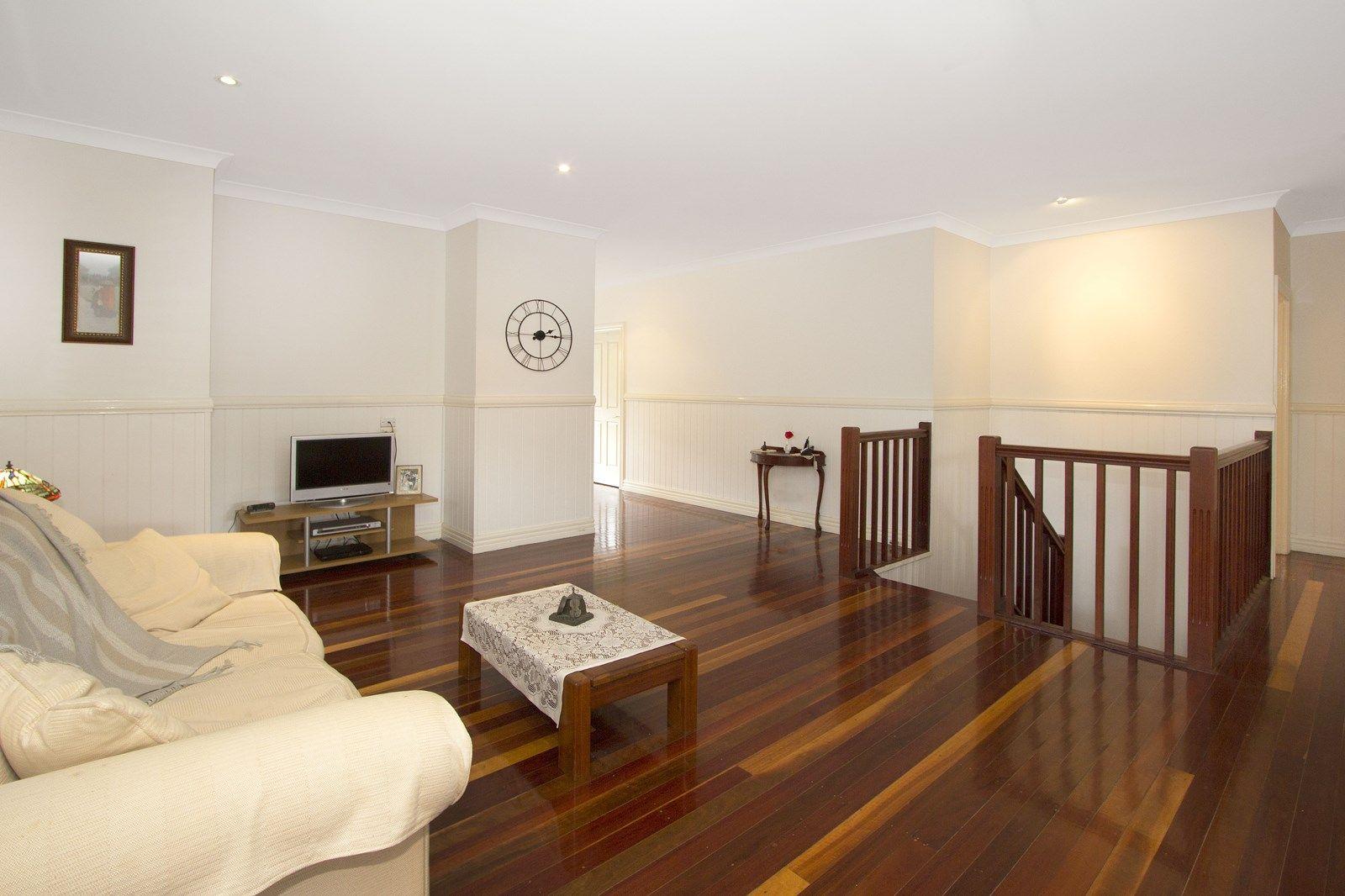 85 Borden Street, Sherwood QLD 4075, Image 2
