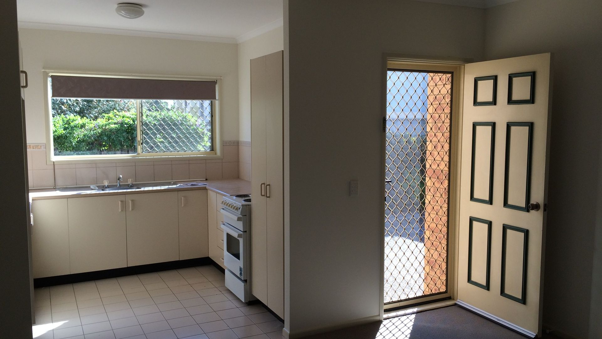 3/42 Georgina Street, Woody Point QLD 4019, Image 1