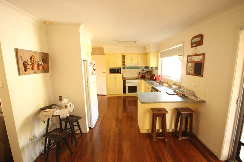 38 Wootton Crescent, Taree NSW 2430, Image 2