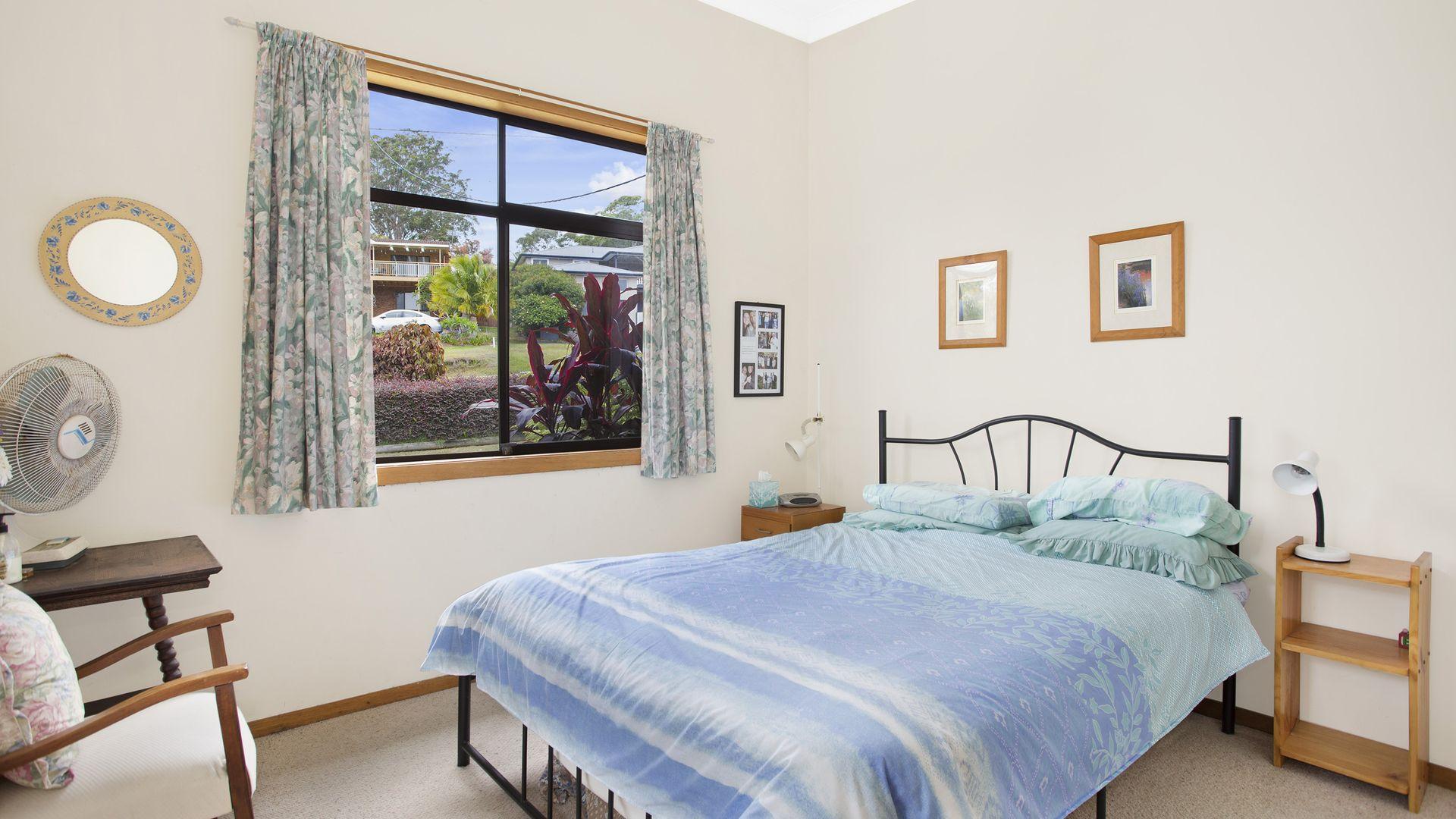 11 Karani Avenue, Avoca Beach NSW 2251, Image 2