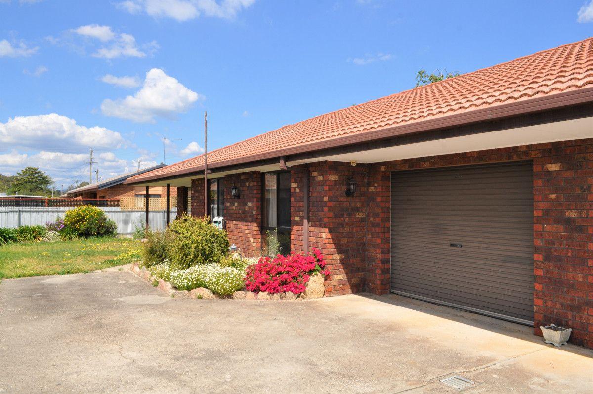 2/4 Brent Court, Lavington NSW 2641, Image 1
