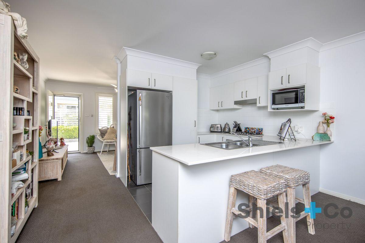 6/49 Lurnea Crescent, Valentine NSW 2280, Image 2