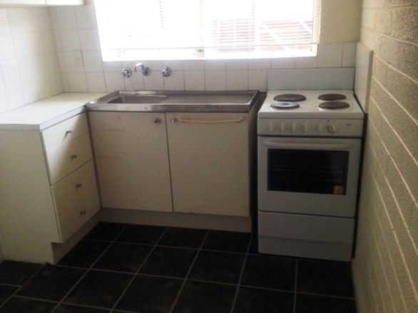2/39-41 Hyde Street, Footscray VIC 3011, Image 1