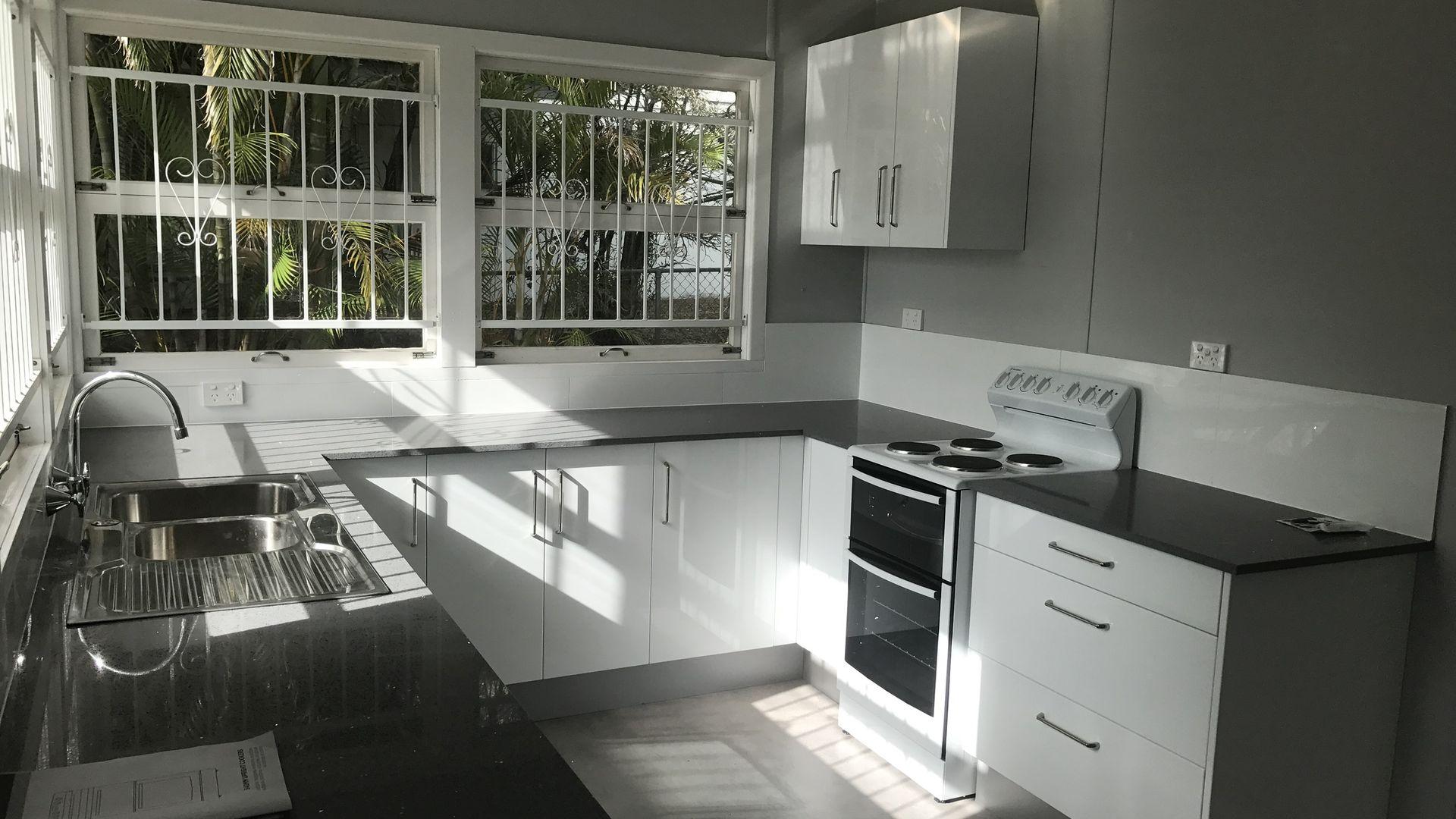 43 Brockhouse Street, Upper Mount Gravatt QLD 4122, Image 2