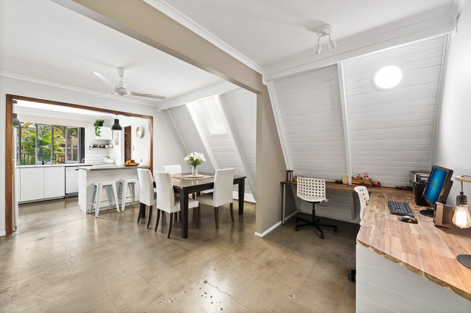 5 Gwenda Avenue, Mount Coolum QLD 4573, Image 2
