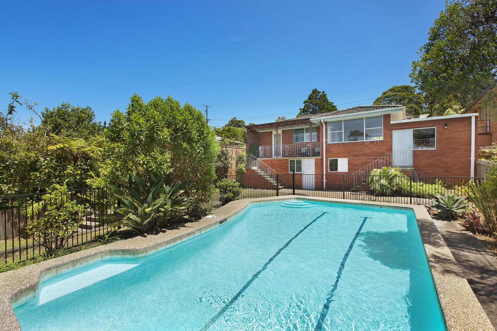26 Southern Cross Way, Allambie Heights NSW 2100, Image 2