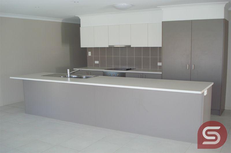 22 Seabiscuit Cres, Kallangur QLD 4503, Image 2