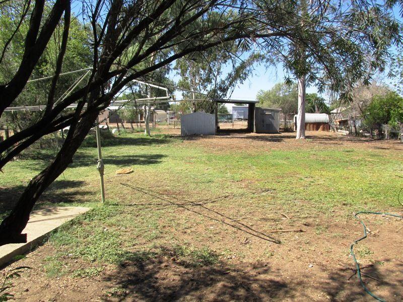 88 Cassowary Street, Longreach QLD 4730, Image 2