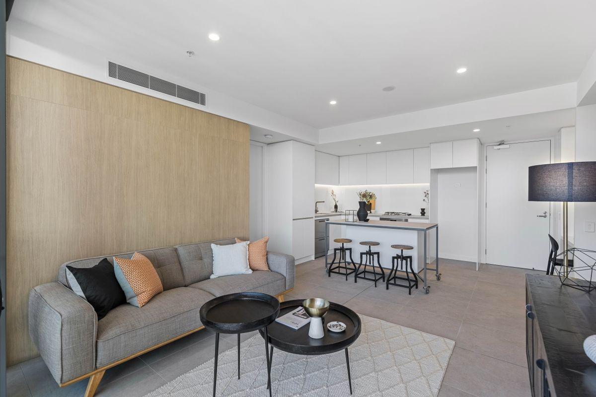2102/17 Penny Place, Adelaide SA 5000, Image 2