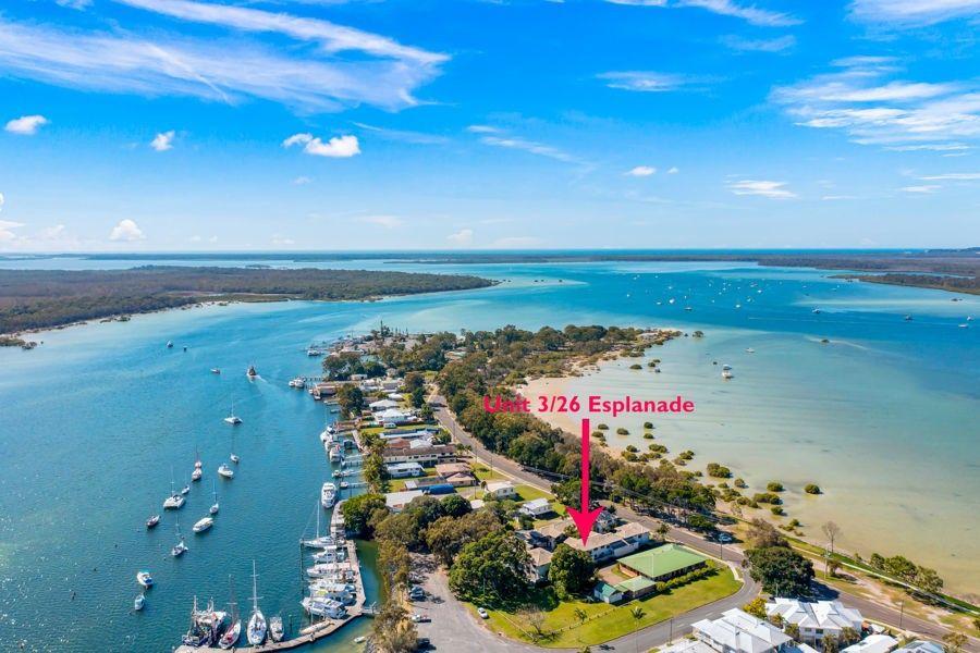 Unit 3  26 Esplanade, Tin Can Bay QLD 4580, Image 0