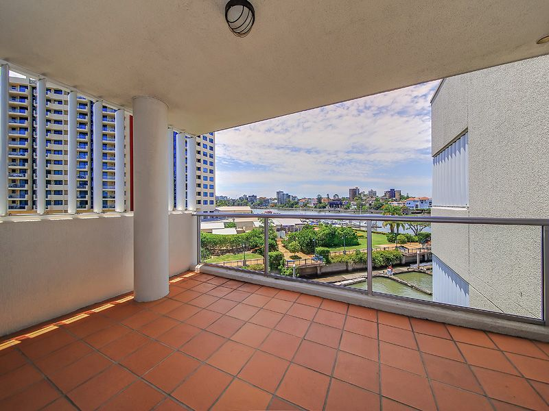 39/78 CAIRNS STREET, Kangaroo Point QLD 4169, Image 1