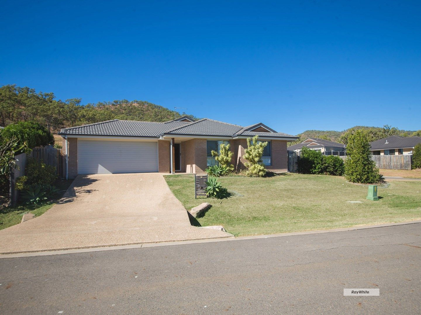 8 Jim Goldston Drive, Norman Gardens QLD 4701, Image 0