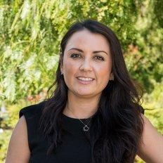 Natasha Nagle, Sales representative