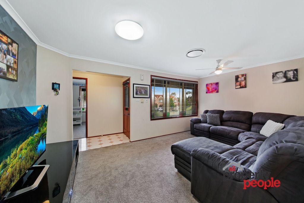 27 Azalea Place, Macquarie Fields NSW 2564, Image 1