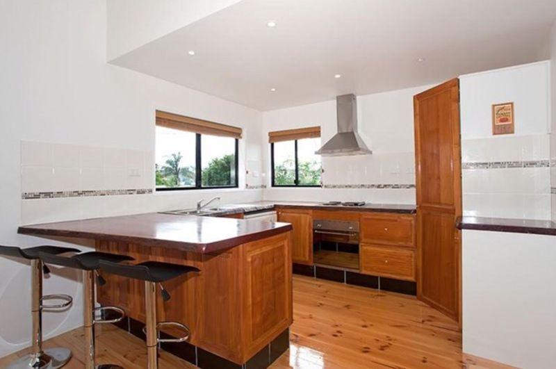 21 Tighe Street, Newtown QLD 4350, Image 2