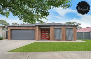 Picture of 7 Victoria Cross Parade, Wodonga VIC 3690
