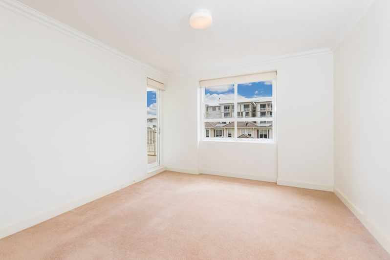28/17 Orchards Avenue, Breakfast Point NSW 2137, Image 2