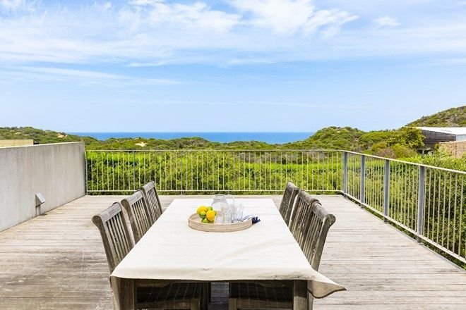 Picture of 17 Paringa Road, PORTSEA VIC 3944