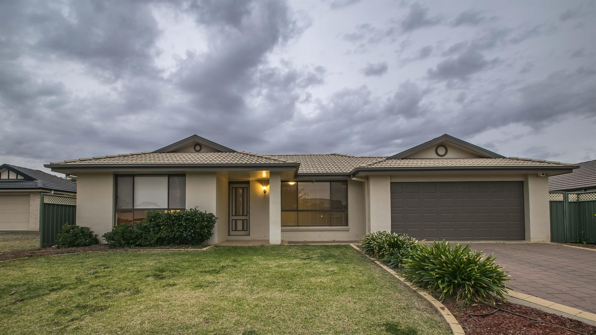18 Ashlundie Crescent, Dubbo NSW 2830, Image 1