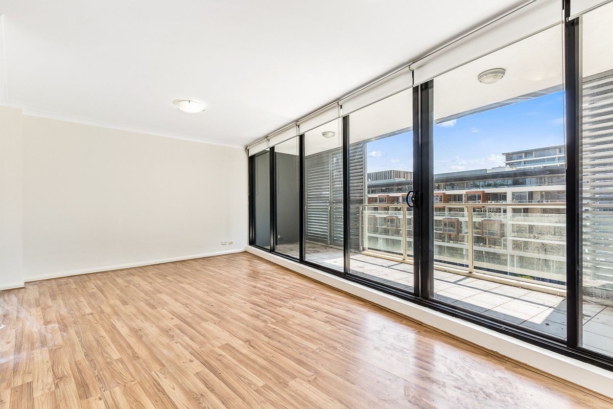 2 bedrooms Apartment / Unit / Flat in 409/11A Lachlan Street WATERLOO NSW, 2017