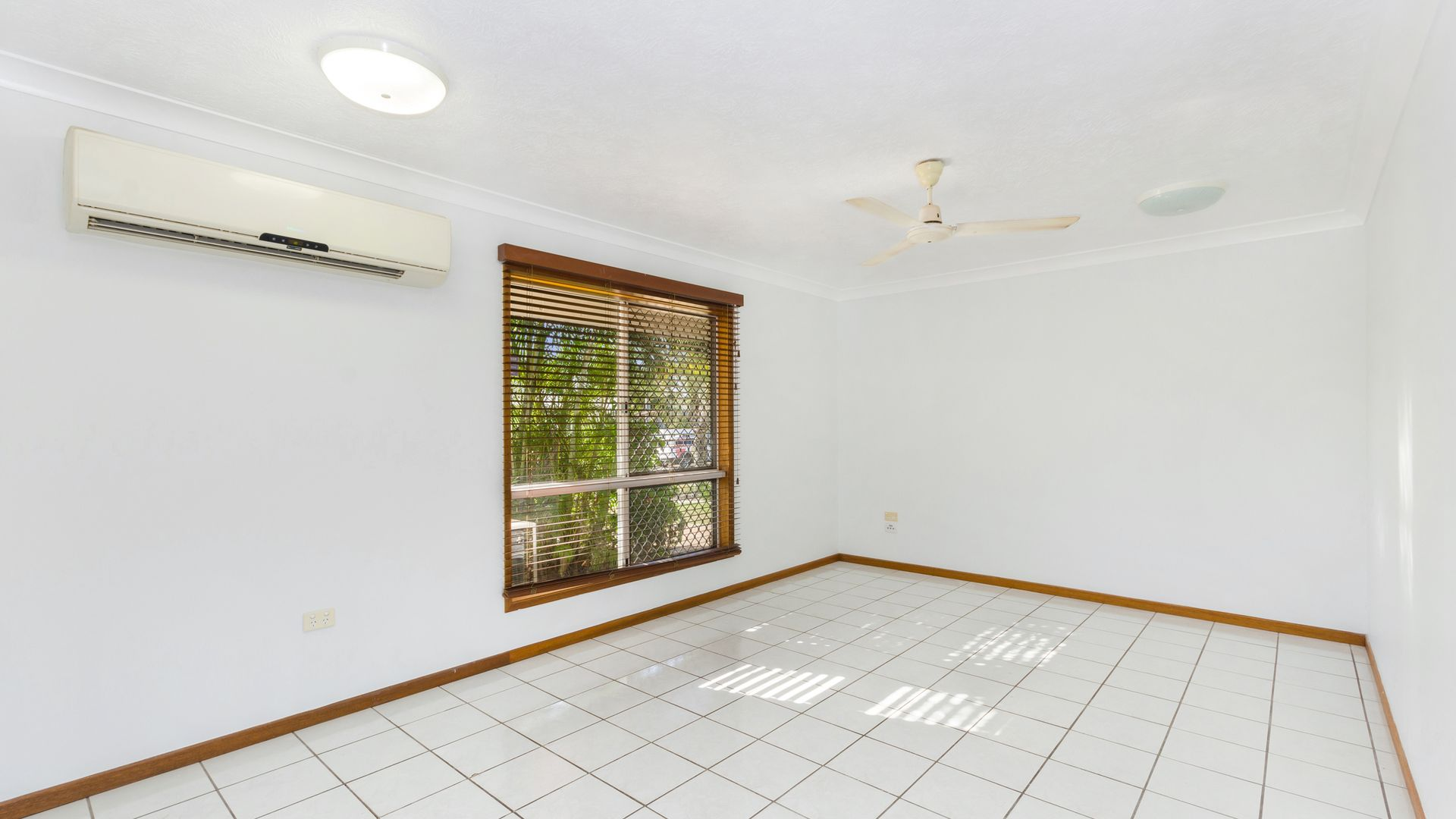 10 Raven Court, Kelso QLD 4815, Image 2