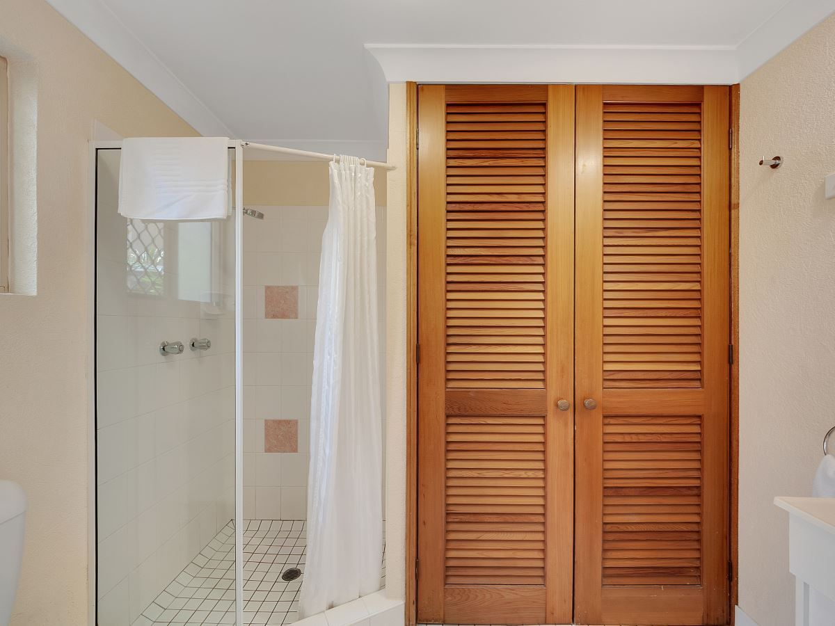 5 & 2/184 McLeod St, Cairns North QLD 4870, Image 2