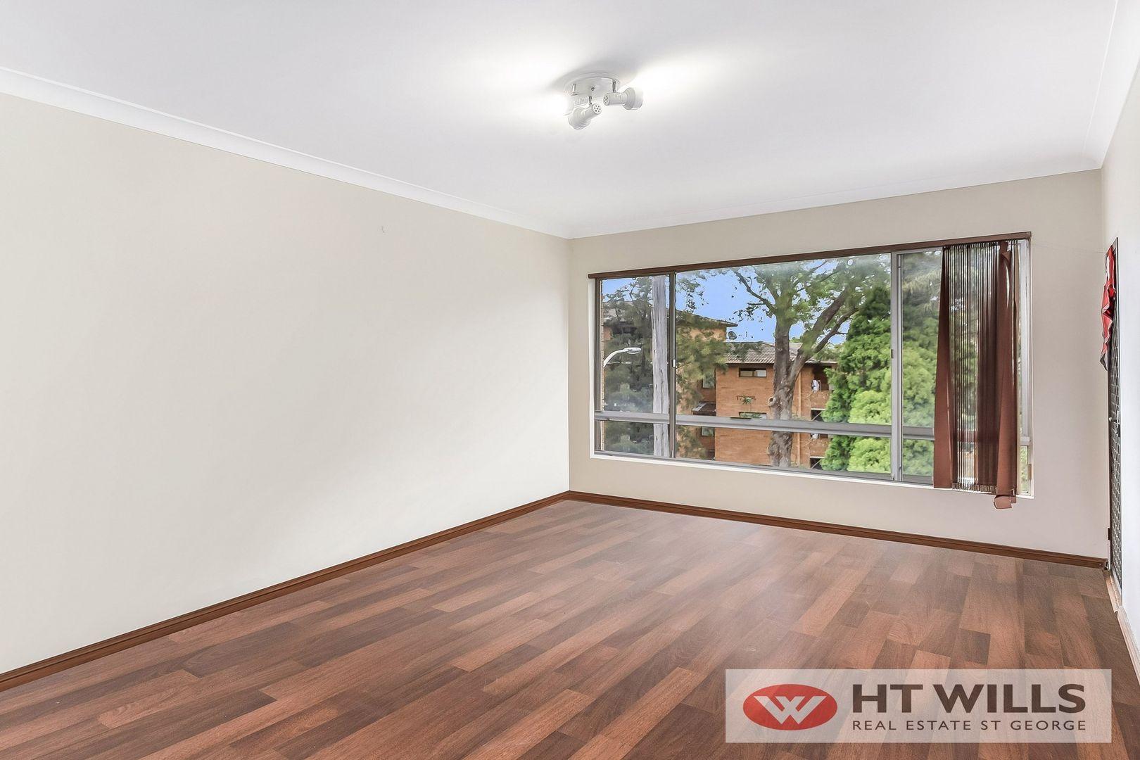 1/10 Woids Avenue, Hurstville NSW 2220, Image 1