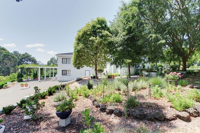 Picture of 122 Albatross Road, KALIMNA VIC 3909