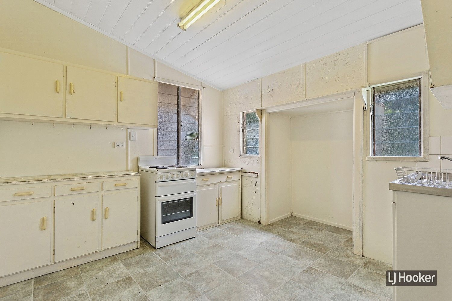 9 Wood Street, Depot Hill QLD 4700, Image 2