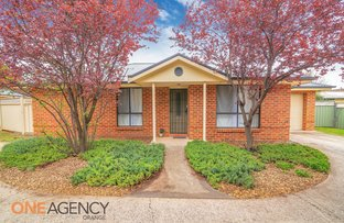 Picture of 1 & 2/15 Churchill Avenue, Orange NSW 2800