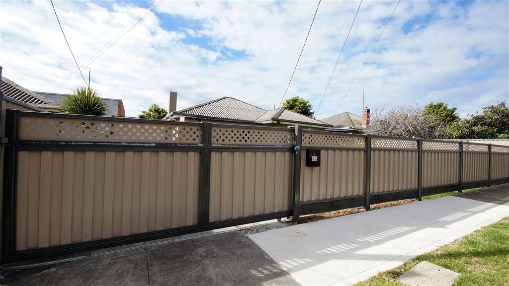 30 Irene Avenue, Coburg North VIC 3058, Image 2