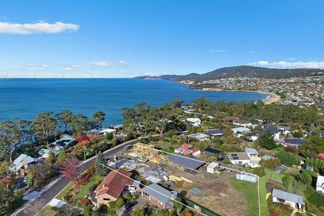 Picture of 30 Powell Road, BLACKMANS BAY TAS 7052