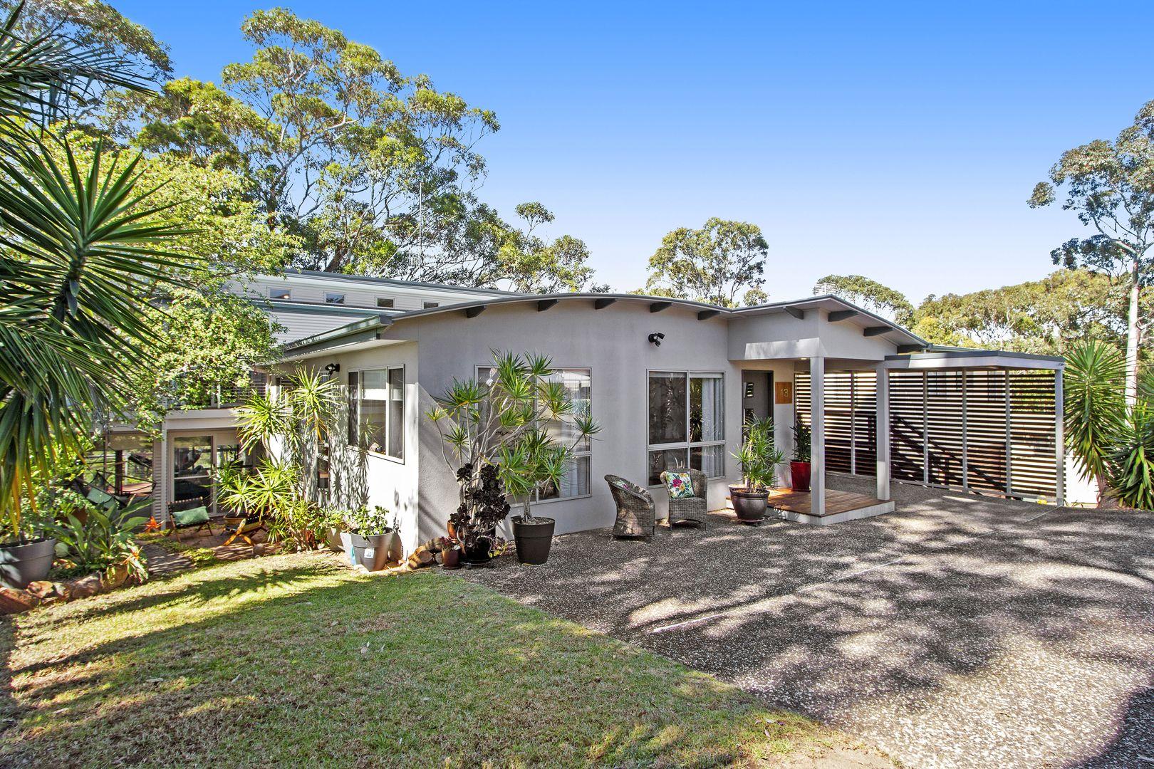 13 Tallawang Avenue, Malua Bay NSW 2536, Image 0