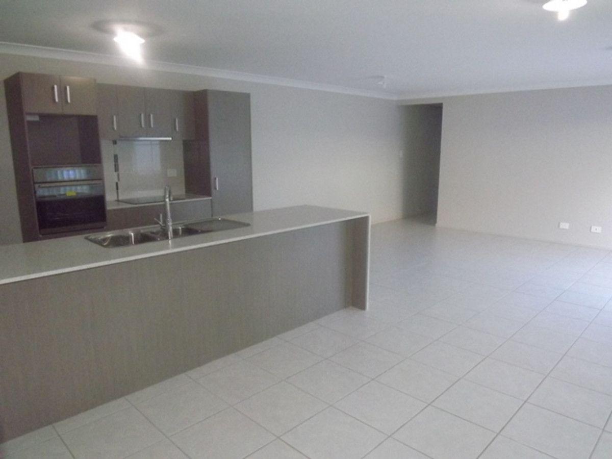 2/43 Coonan Street, Harlaxton QLD 4350, Image 1