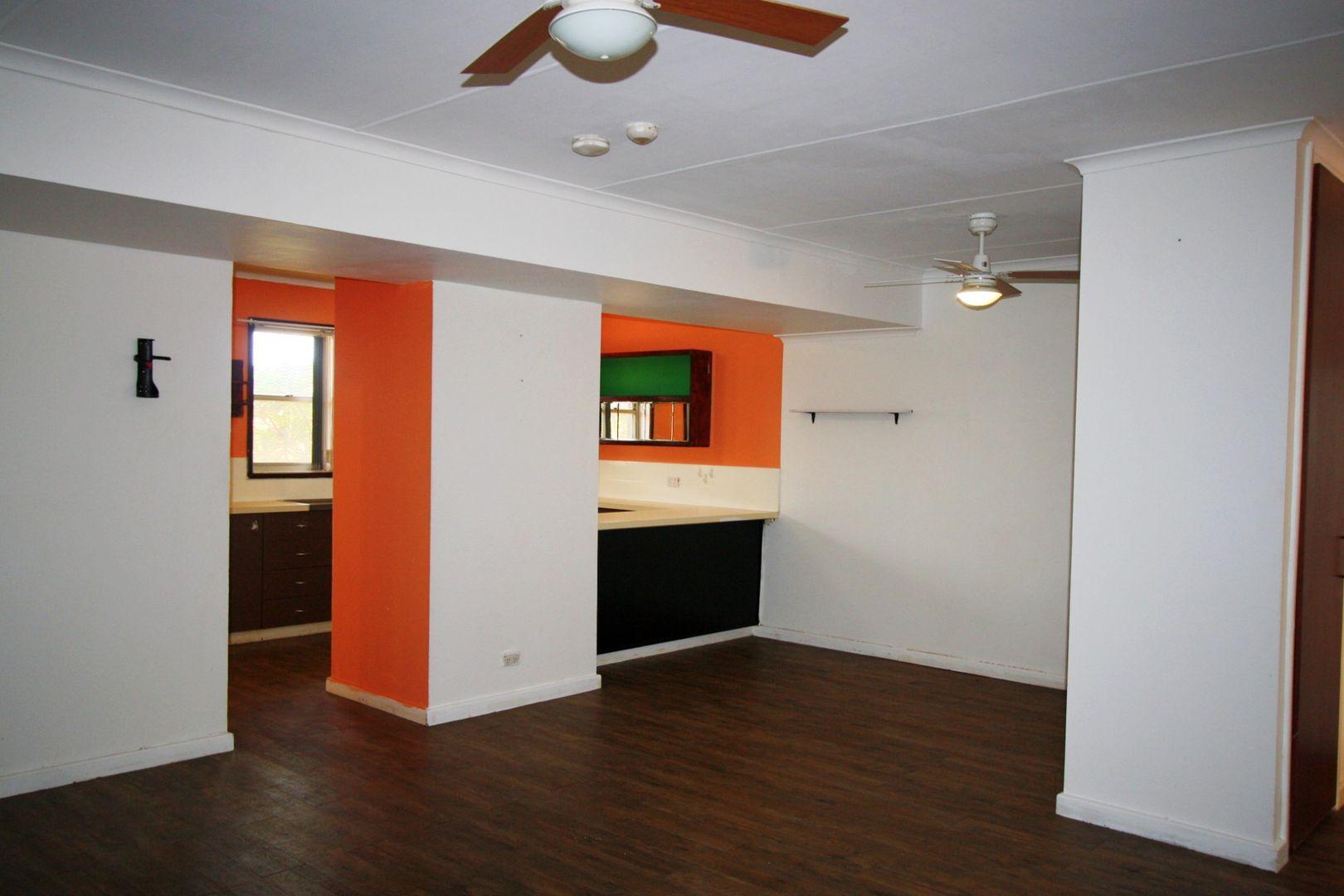 8 Clam Court, South Hedland WA 6722, Image 2