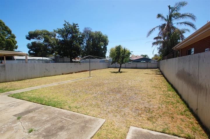 13 Tiparra Ave, Park Holme SA 5043, Image 2