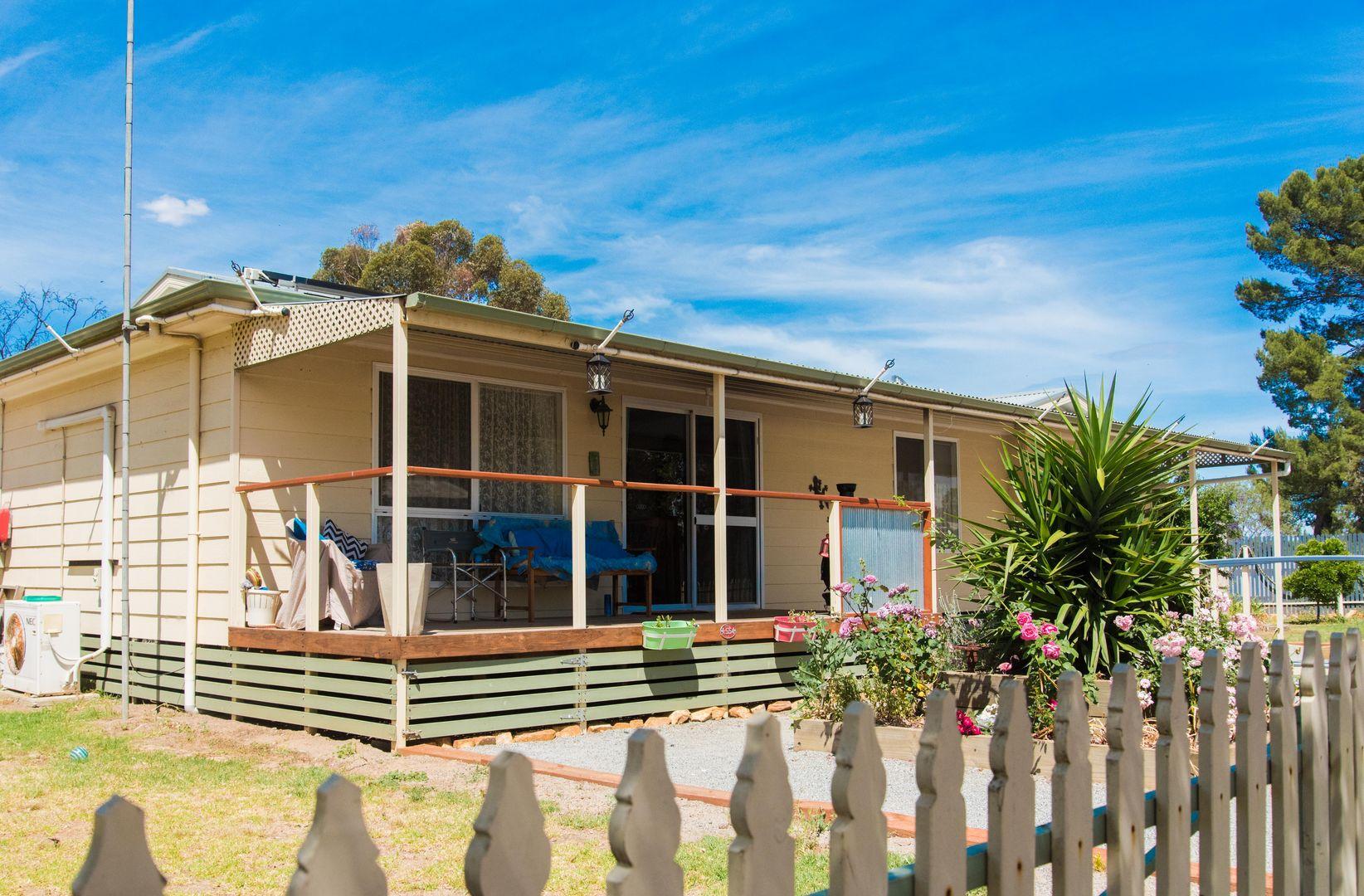 35-37 Railway Terrace Edillilie via, Cummins SA 5631, Image 2